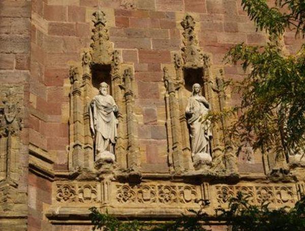 Taunton statues